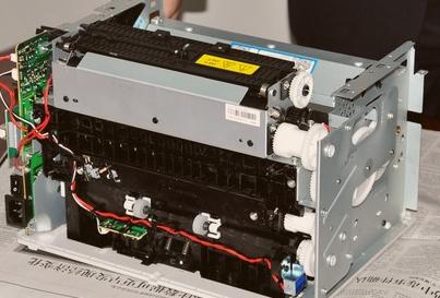 电源连接不好      b.保险丝熔断      c.扫描器电源电路故障      6.